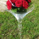 coupe-en-verre-sur-pied-avec-deco-florale